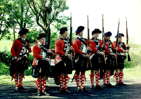 Line of Highlanders, Royal Highland Emigrants